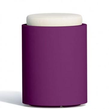 Pouf contenitori per esterno con cuscino in ecopelle bianco o grigio. Sgabello design rotondo Monacis in polietilene viola con vano contenitore.