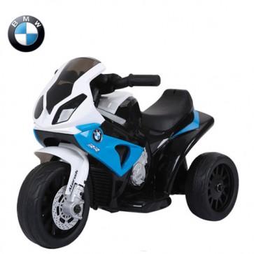 Motocicletta elettrica BMW S1000RR blu per bambini con batteria 6 volt, moto da corsa tre ruote per bambino con musica e sedile in ecopelle.