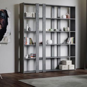 Libreria a parete Kato adattabile in ogni ambiente, dall'ufficio al soggiorno. Librerie mobile per oggettistica e libri, per avere tutto in perfetto ordine in un soggiorno moderno.