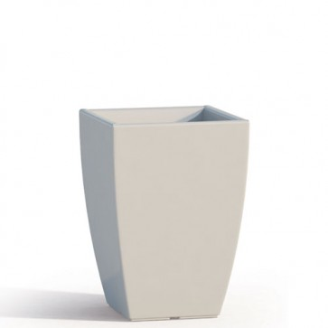 Vaso da giardino in resina bianca per esterno. Vasi da interno design in polietilene, ideale per le piante e fiori del terrazzo. Dimensioni 50hx33x33 cm.