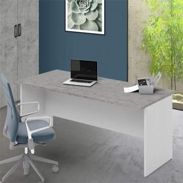Scrivania ufficio con ripiano bicolore cemento larga 180 cm. Scrivanie in legno porta pc per arredamento camerette