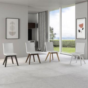 Sedia cucina in similpelle e gambe in legno. Sedie ufficio design da scrivania, poltroncina con cuscino e schienale bianco ideale anche in soggiorno.