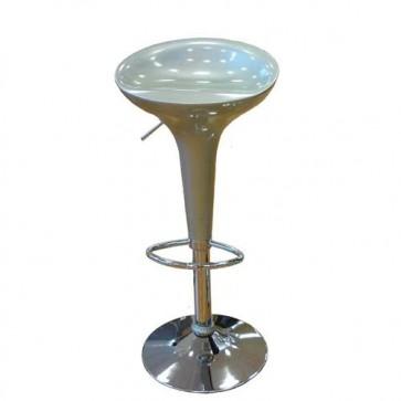 Sgabello bar moderno in metallo cromato e seduta in resina, sgabelli cucina design moderni per ufficio.