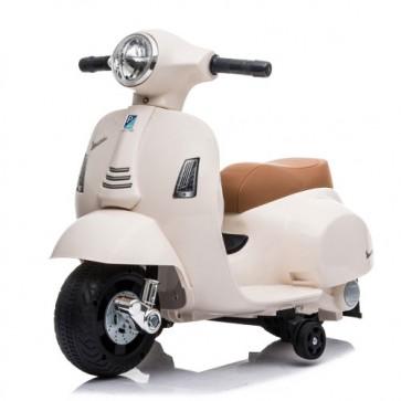 Vespa elettrica GTS Piaggio bianca per bambini con batteria 6 volt, vespetta bimbo elettrico per bambino con rotelle e fanale anteriore a led.