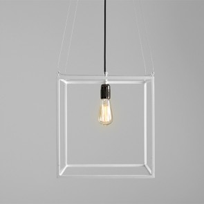 Lampada moderna salotto Customform, colore bianco. Lampade sospensione design industriale cucina e soggiorno.