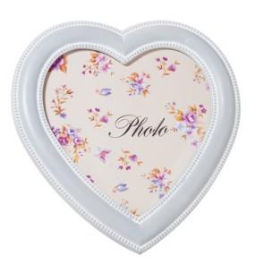 Portafoto a forma di cuore stile provenzale ideale per decorare il tavolino nel salotto