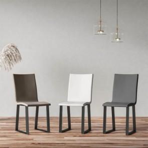 Sedia cucina in similpelle con gambe a slitta in metallo. Sedie ufficio design da scrivania, poltroncina con seduta imbottita, ideale anche in soggiorno.